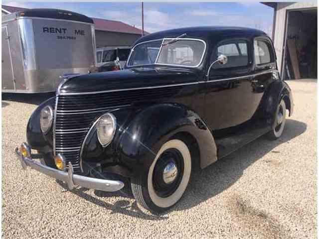 1938 Ford 2-Dr Sedan | 971539