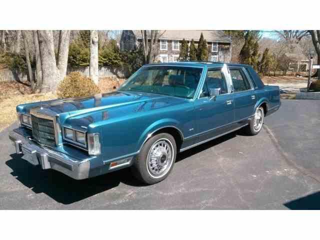1988 Lincoln Town Car | 971757
