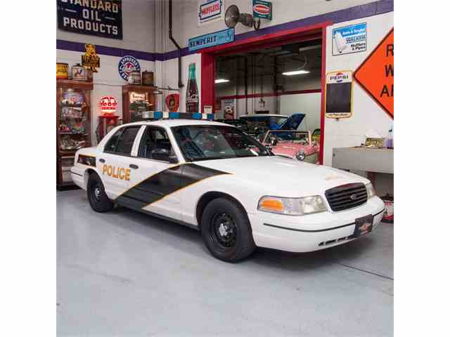 1999 Ford Crown Victoria | 971770