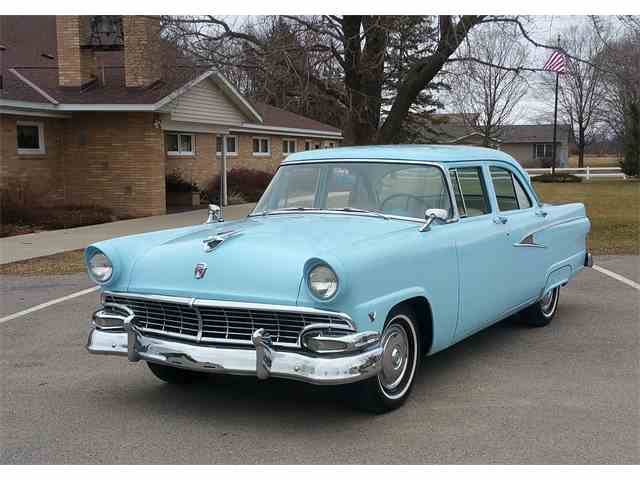 1956 Ford Mainline   971810