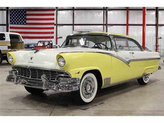 1956 Ford Fairlane Victoria | 971867