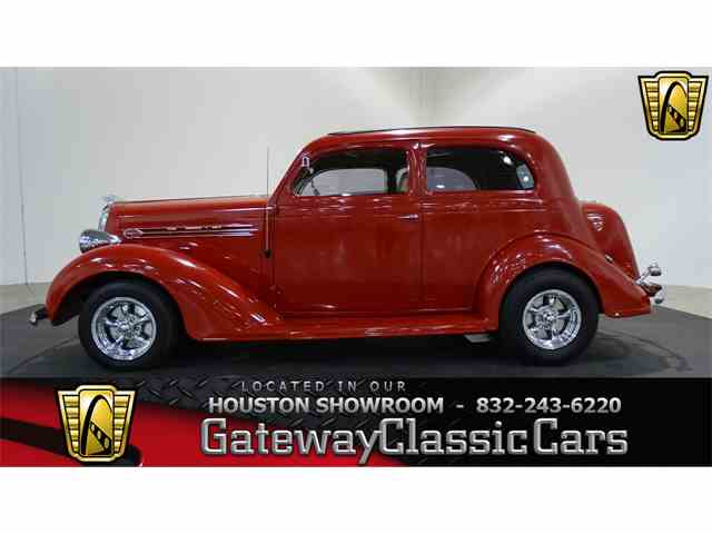 1936 Plymouth Sedan | 971949