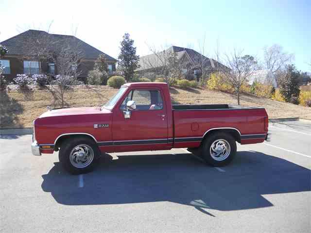 1988 Dodge D100 | 972109