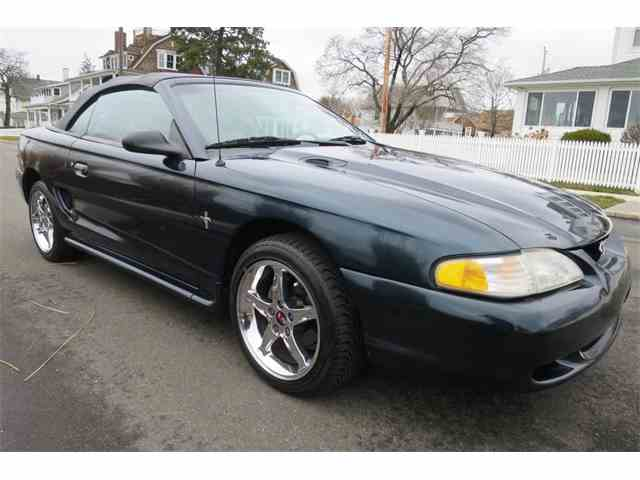 1995 Ford Mustang | 972129