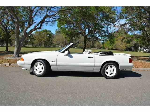 1993 Ford Mustang | 972135