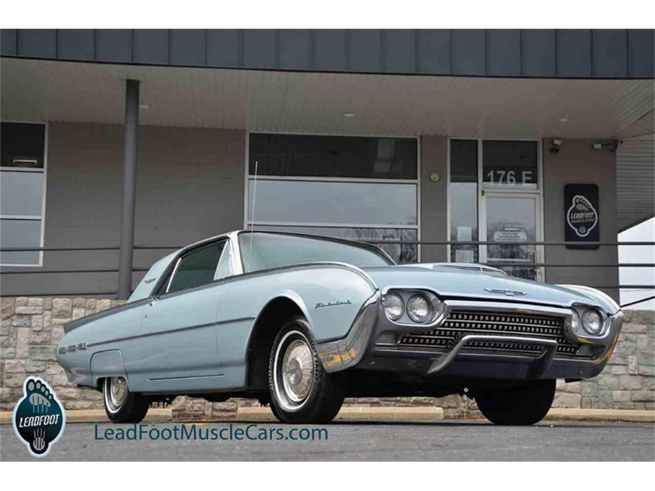 1962 ford thunderbird 972347