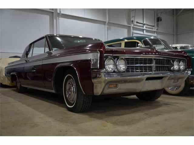 1963 Oldsmobile Starfire | 972348