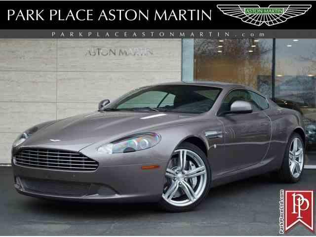 2011 Aston Martin DB9 | 972936