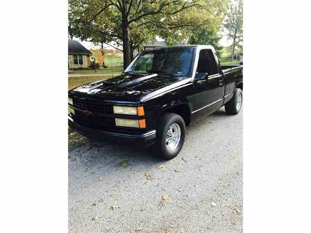 1990 Chevrolet Truck | 972994