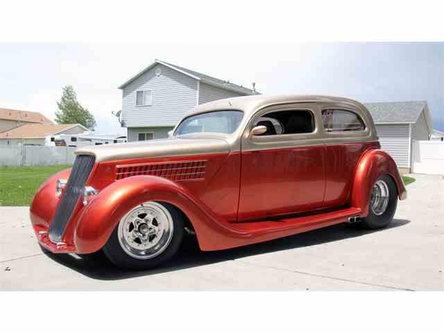 1935 Ford Coupe | 970301