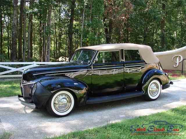 1939 Ford Sedan | 973104