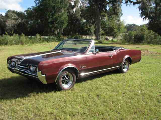 1967 Oldsmobile Cutlass | 973198