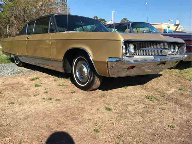 1968 Chrysler New Yorker | 973251