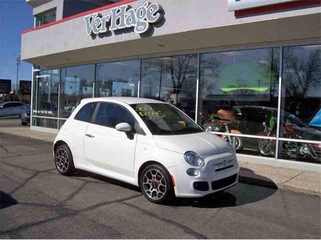 2012 Fiat 500L | 973318
