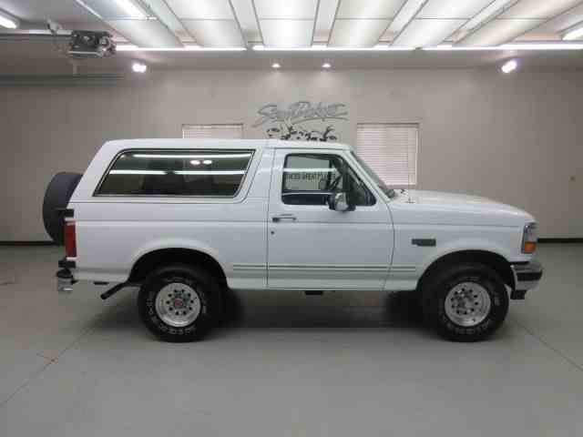 1993 Ford Bronco | 973369