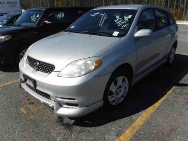 2004 Toyota Matrix   970337