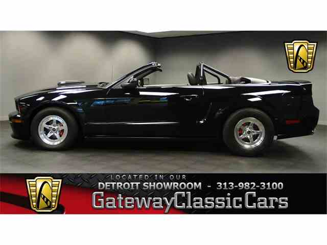 2005 Ford Mustang | 973418