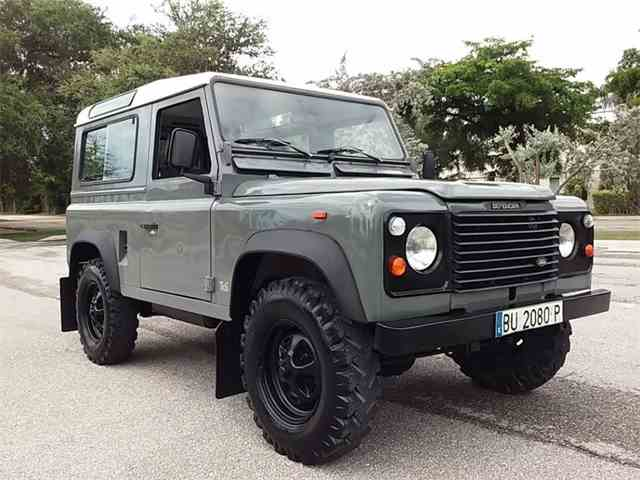 1991 Land Rover Defender | 973536