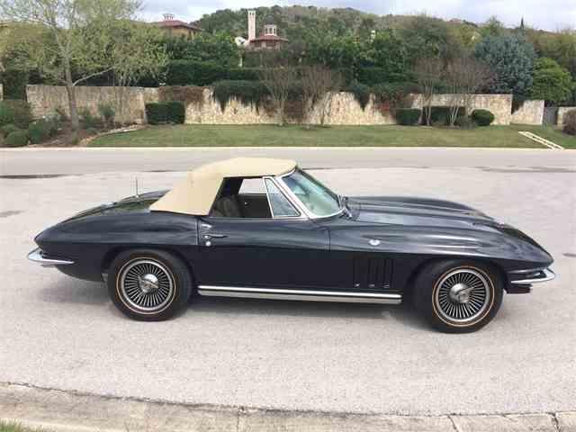 1965 Chevrolet Corvette | 973807