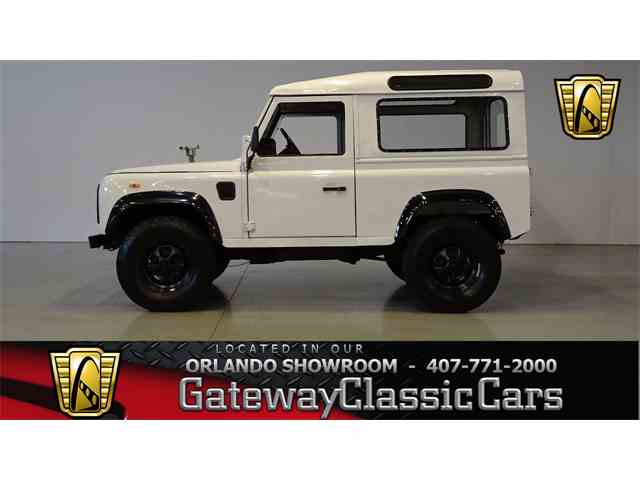 1988 Land Rover Defender | 973974