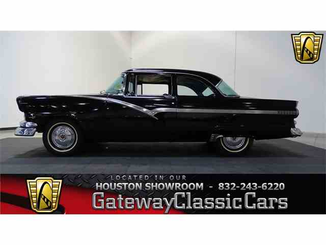 1956 Ford Fairlane | 973976
