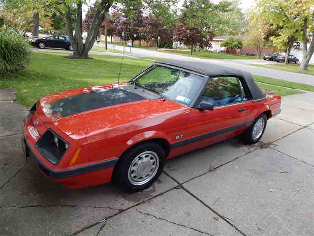 1986 Ford Mustang GT | 974042