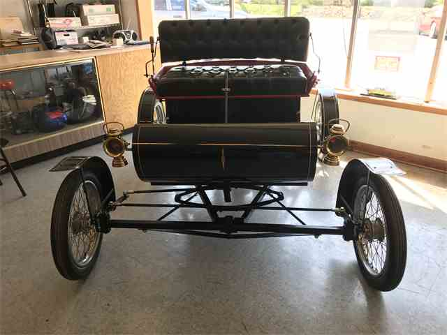 1903 Oldsmobile  Curved Dash Replica | 974074