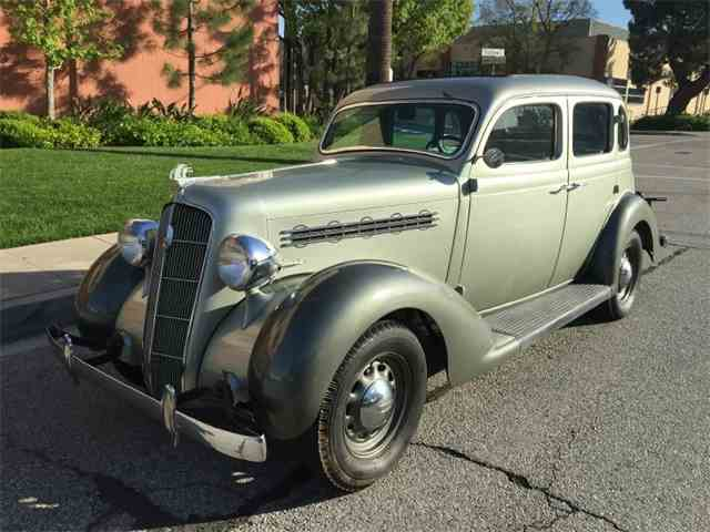 1935 Plymouth Deluxe | 974209