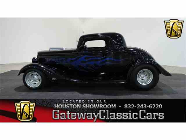 1934 Ford 3 Window | 970429