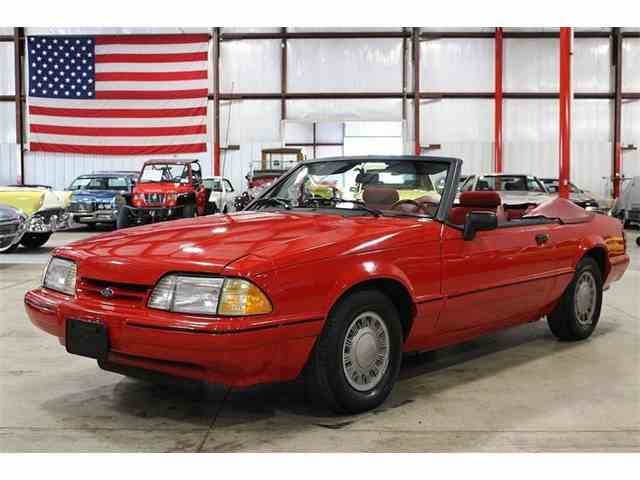 1992 Ford Mustang | 974310
