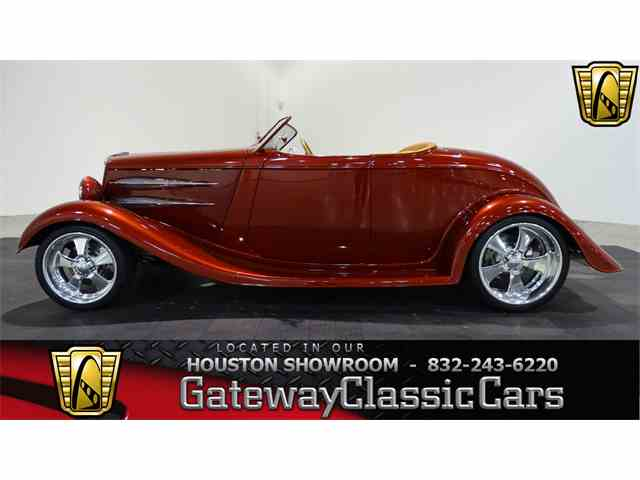 1934 Ford Roadster | 970435