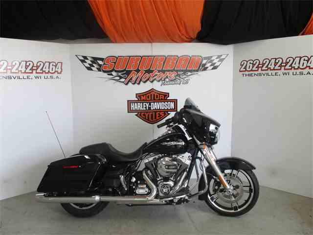 2016 Harley-Davidson® FLHX - Street Glide® | 974515