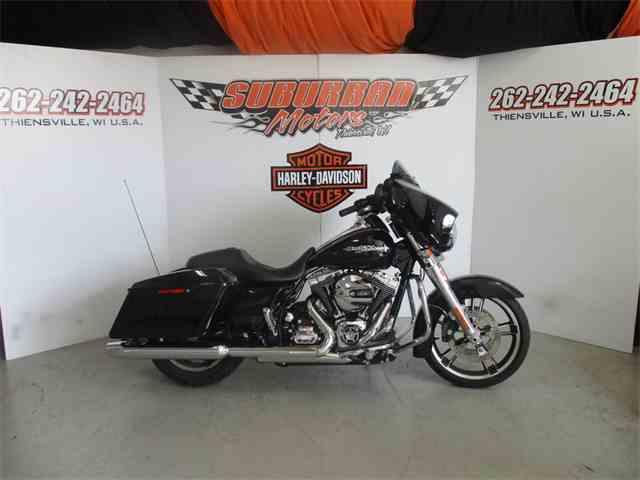 2016 Harley-Davidson® FLHX - Street Glide® | 974518