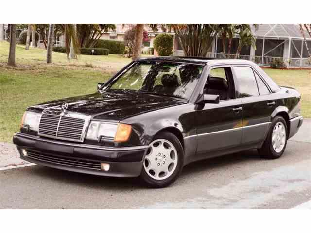 1993 Mercedes-Benz 500 | 974553
