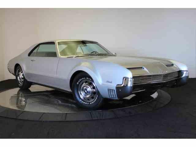 1968 Oldsmobile Toronado | 974561