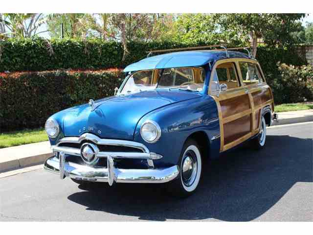 1949 Ford Woody Wagon | 974614