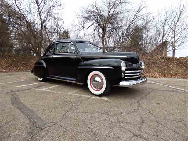 1947 Ford Deluxe | 975043