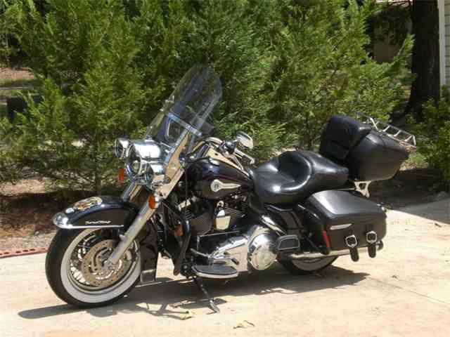 2007 Harley-Davidson Road King   975045