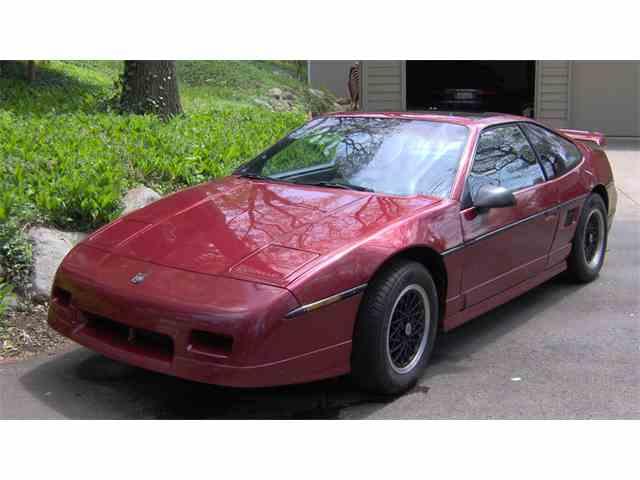 1988 Pontiac Fiero | 975124