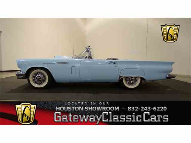 1957 Ford Thunderbird | 975171