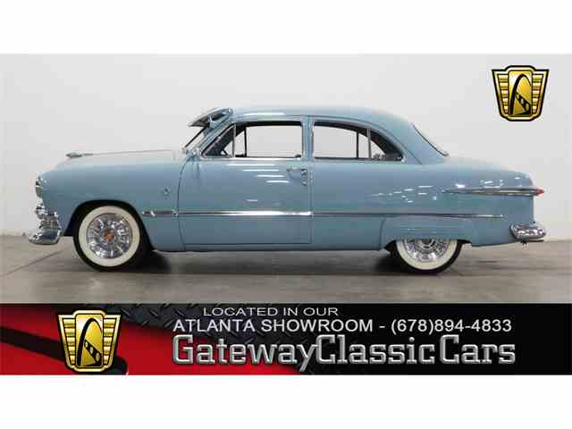 1951 Ford Deluxe | 975179