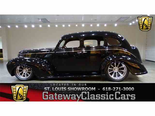 1939 Plymouth Sedan | 975328