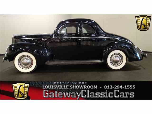 1940 Ford Coupe | 975336