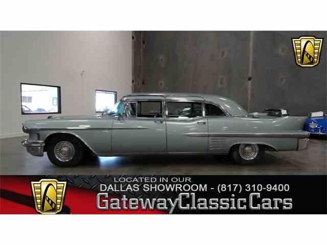 1958 Cadillac Fleetwood | 975338