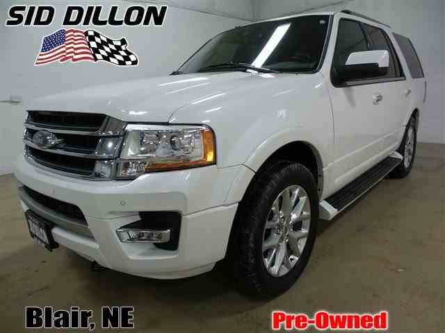 2015 Ford Expedition | 975356