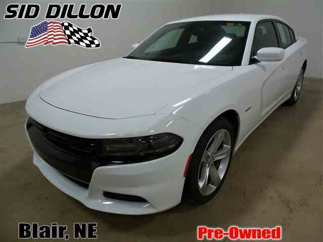 2016 Dodge Charger | 975358