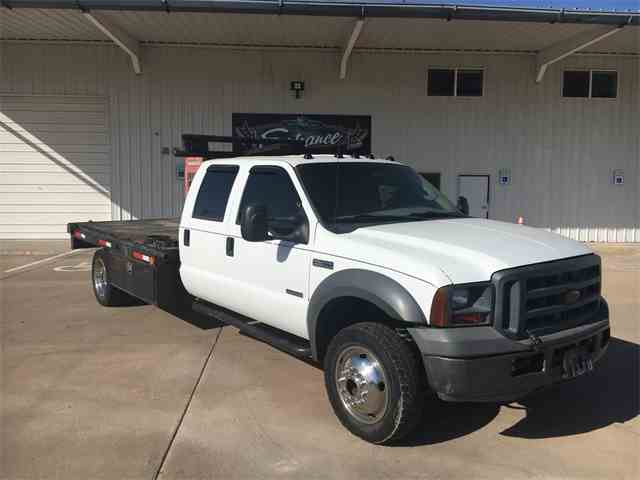2005 Ford F-550 Chassis | 975374
