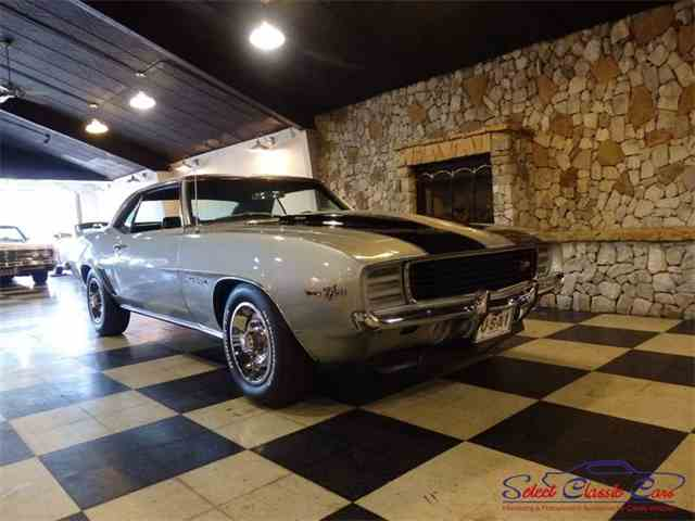 1969 Chevrolet Camaro | 975478