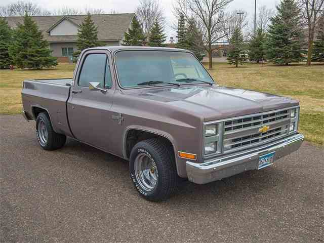1985 Chevrolet C/K 10 | 975486