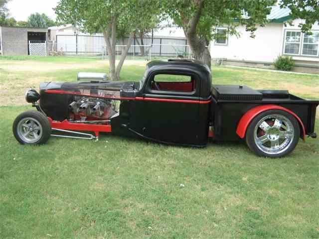 1947 Ford Custom | 975539